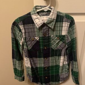 Arizona Jean Company Green Plaid Button Down